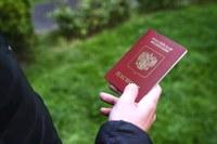 Паспорта признаются действительными